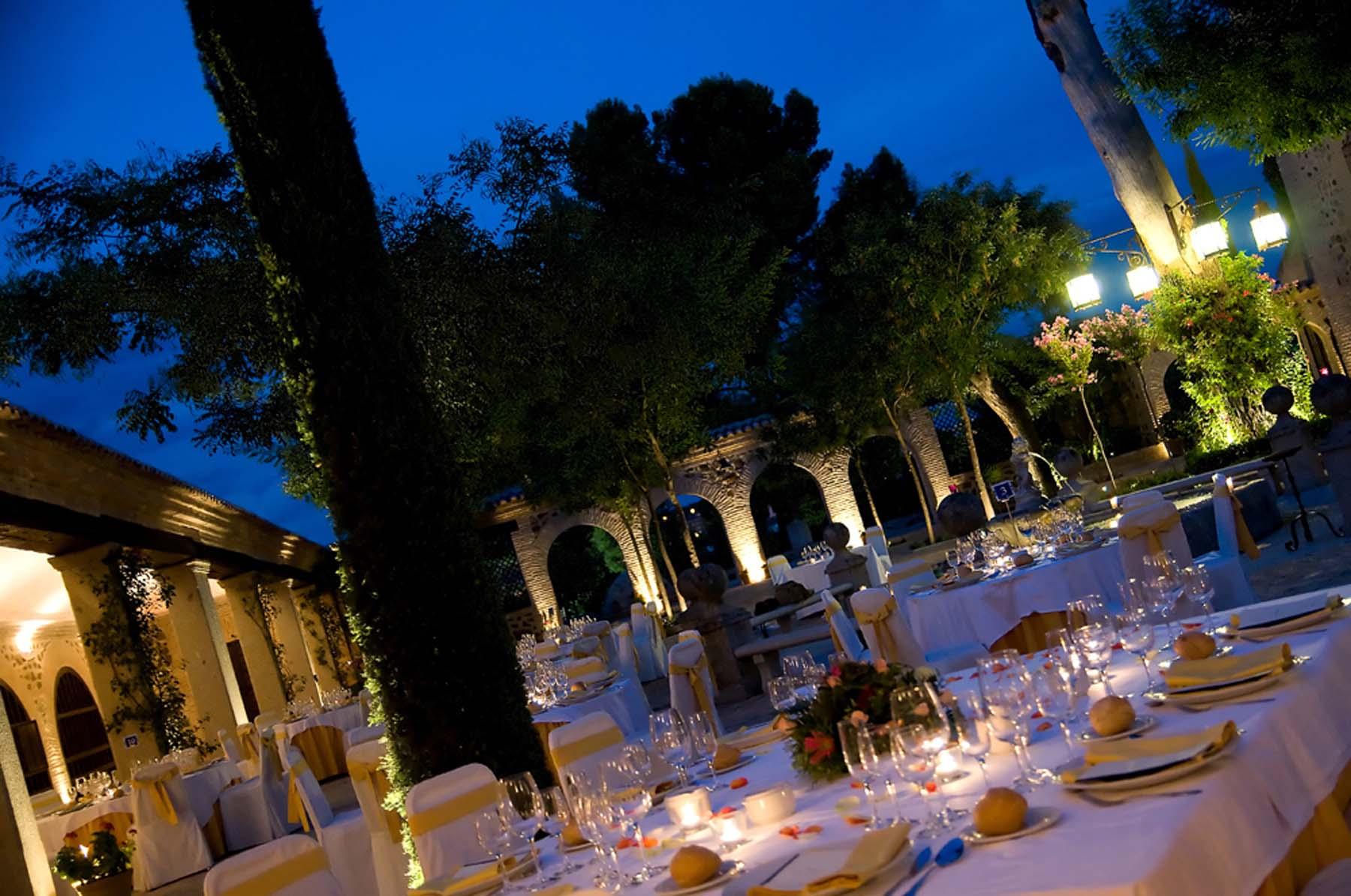 boda-por-la-noche