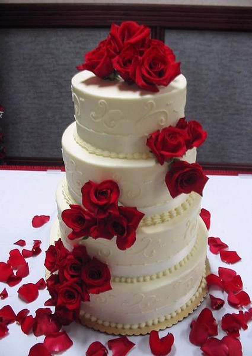 01_torta-con-decoracion-roja_tracy-hunter