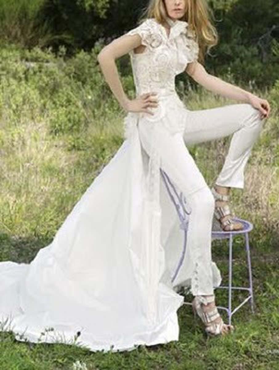 vestido-novia-yolancris043_jpg_detalles_del_vestido_yolan_cris_otras_ledneas_otros_escotes