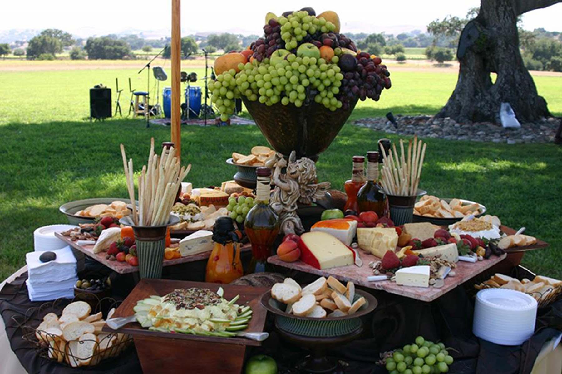 Puesto de comida para bodas