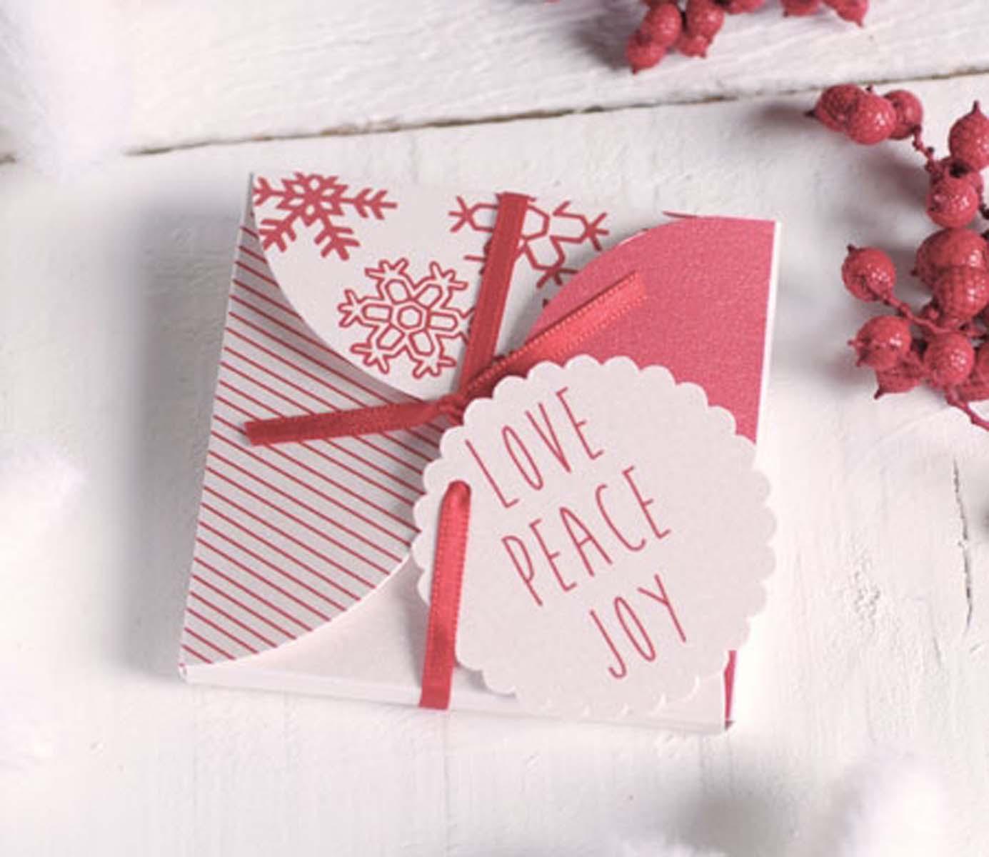 caja-navideña-para-cd-o-invitacion-con-lazo