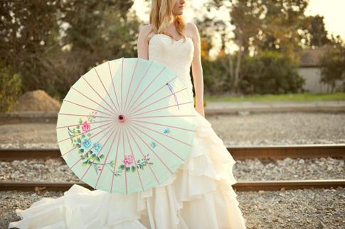 sombrillas y paraguas para novias